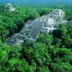 Veduta panoramica di un tempio Atzeco