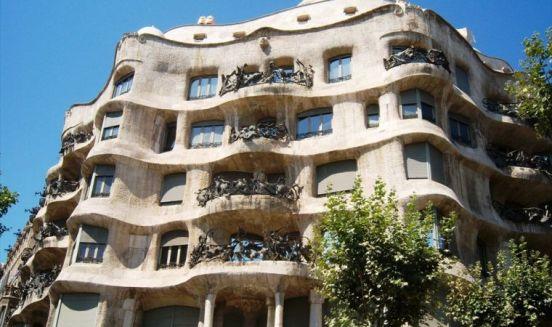 Un palazzo tipico di Barcellona