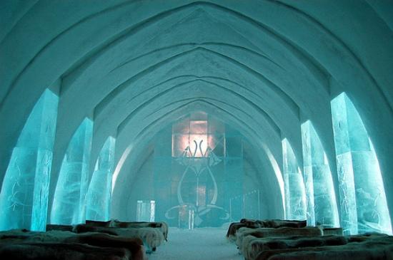ice-hotel-church-jukkasjärvi-
