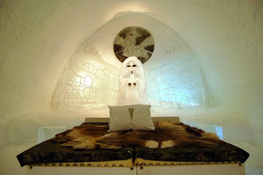 Soggiorno nell'hotel di ghiaccio più grande del mondo
