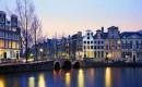 Viaggio ad Amsterdam tra musei, parchi e splendidi canali