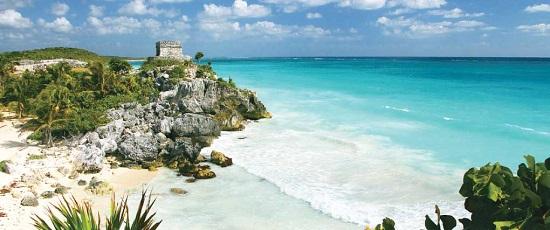 Chichen-Itza-Yucatan-Mexico-El-Castillo-1-FQ7ZOLYWPE-1600x1200