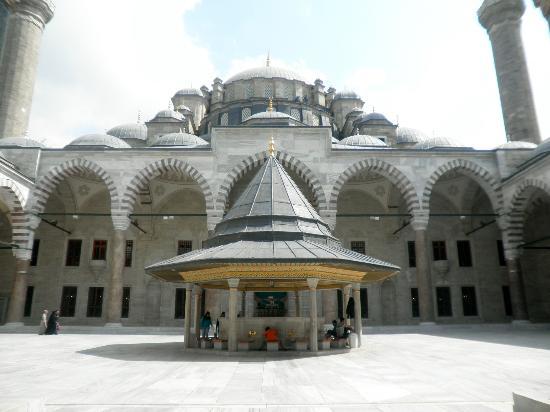 Istanbul-Moschea di Fatih