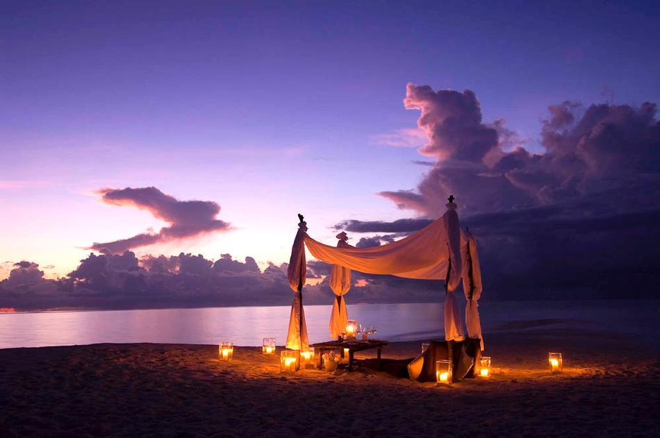 viaggidinozzespiaggia aldive