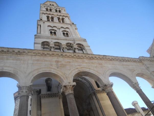 Campanile della cattedrale di San Doimo