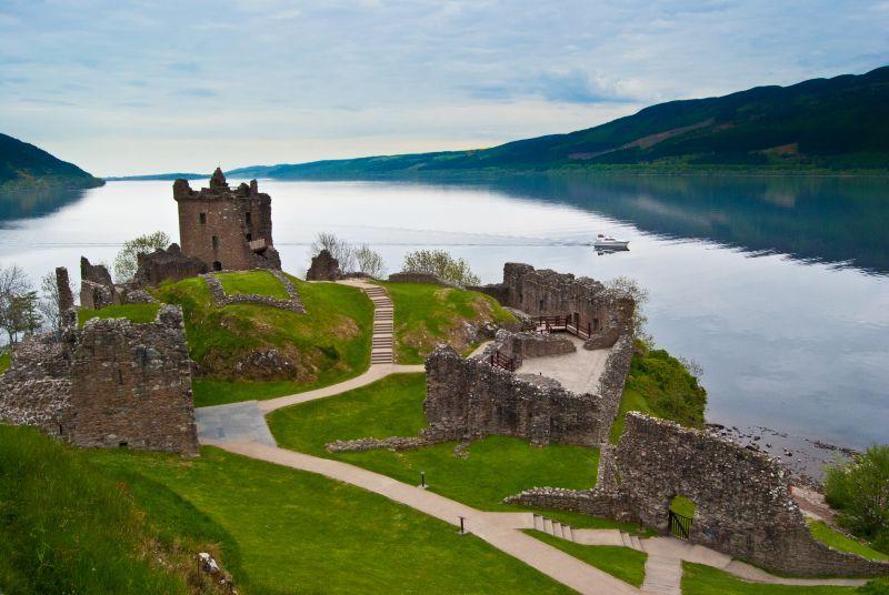 lago LochNess Scozia