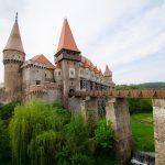 castello-corvino-romania