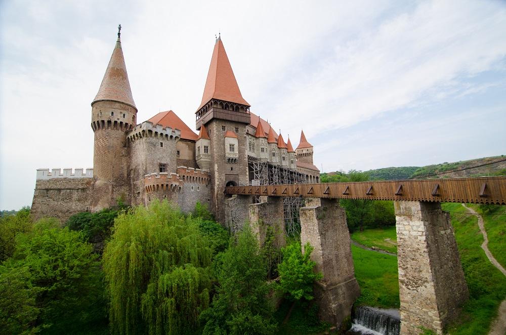 I castelli più belli del mondo - Corvino il castello prigione di Dracula